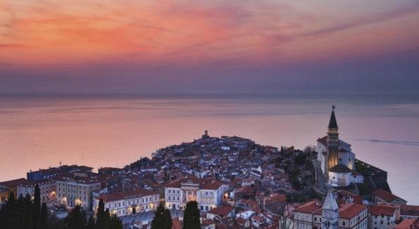 Pregled hotelov in apartmajev v Piranu
